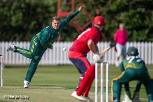 Luke Le Tissier bowling to Corey Bisson